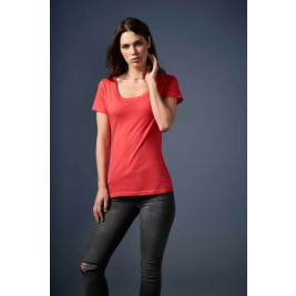 WOMEN'S FEATHERWEIGHT SCOOP TEE